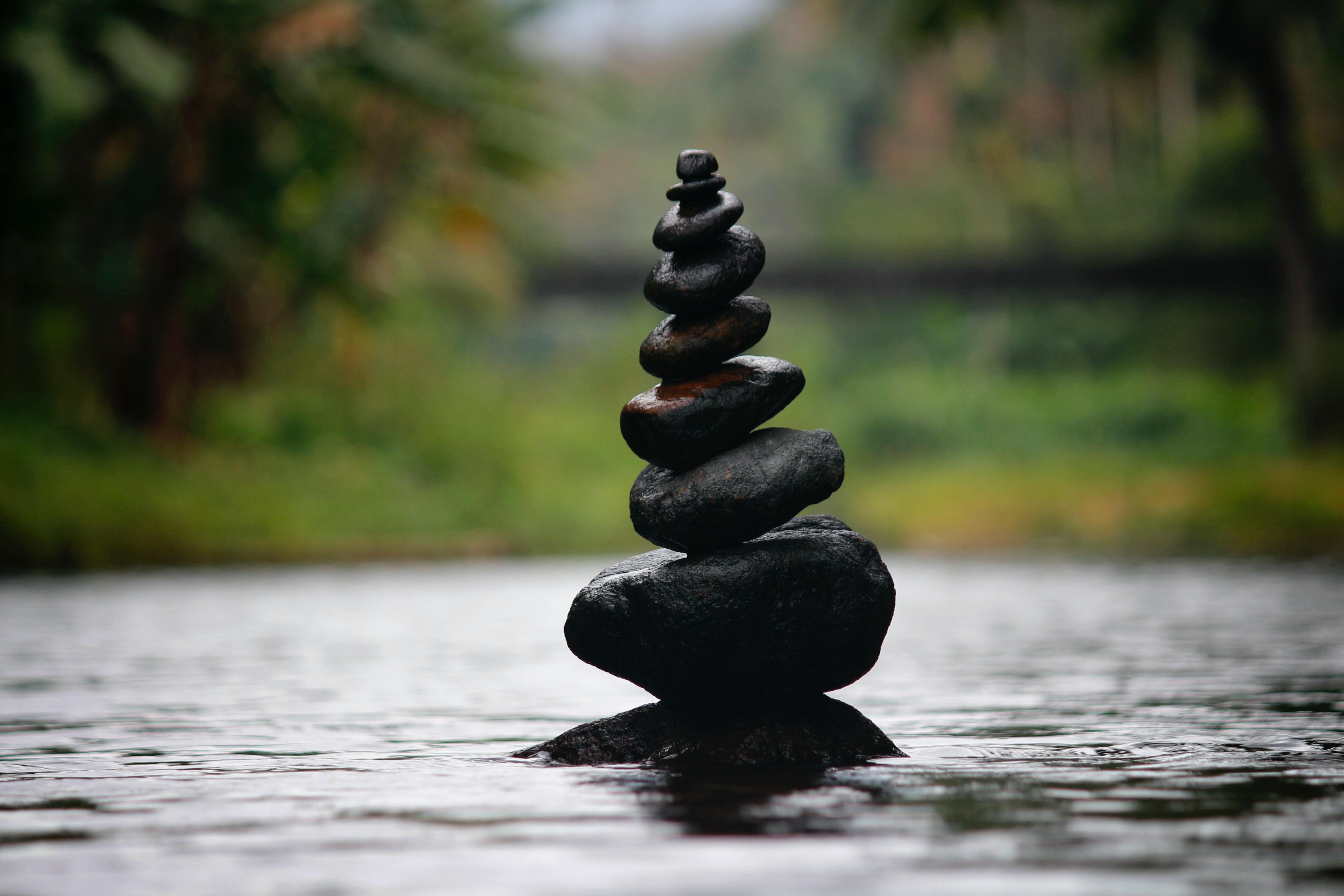 amazing-balance-blur-boulder-312839