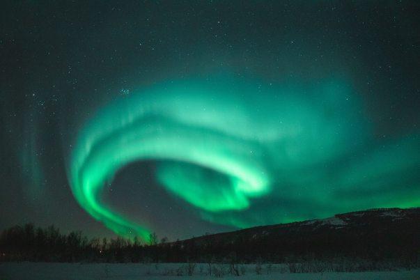 photo-of-aurora-during-evening-1938348.jpg