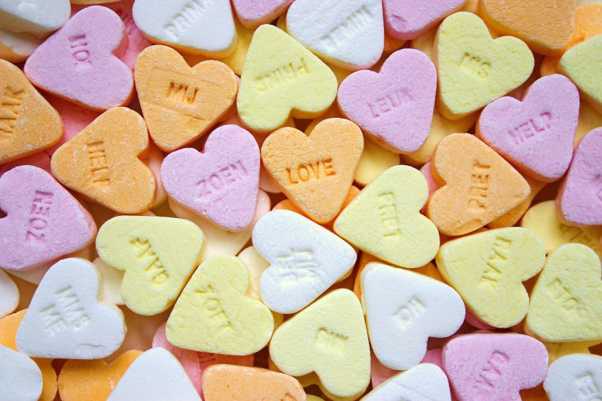 yellow-pink-orange-and-white-loves-heart-candies-208006